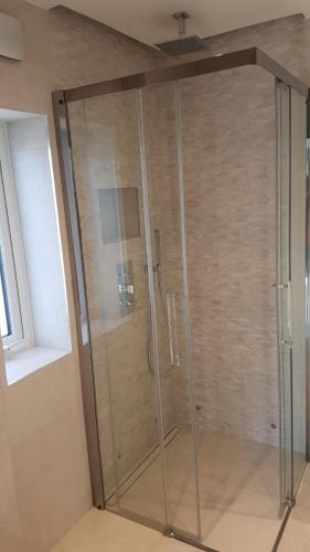 Limaks Services -Finchley - Bathroom -Shower