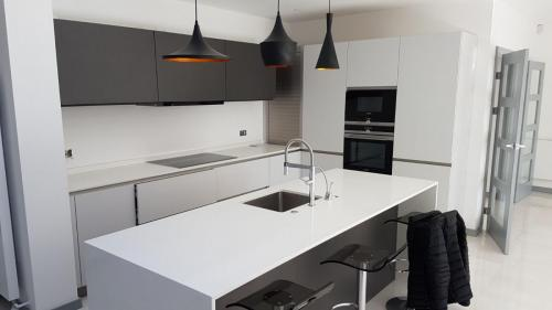 Limaks Services -Finchley - Kitchen 2