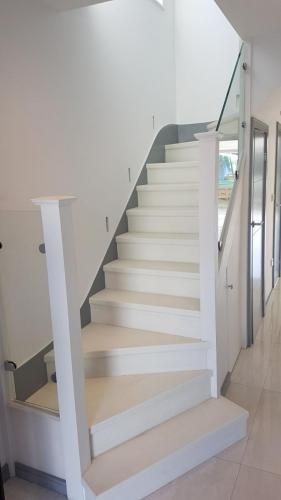 Limaks Services -North London - Stairs